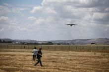 S-400'ler Türkiye'de! İlk parçalar Ankara'ya indi
