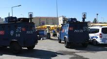 Maltepe'de kurban pazarında bıçaklı sopalı kavga