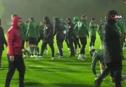Atiker Konyaspor'un devre arası kampı başladı