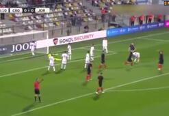 Domagoj Vidanın Ürdüne attığı kafa golü