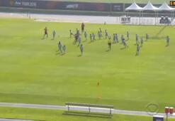 M. Unitedlı futbolcular ve Mourinho 100 çocuğa karşı