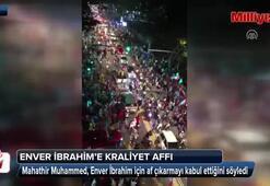 Malezyada tarihi seçimin ardından Enver İbrahime Kraliyet affı