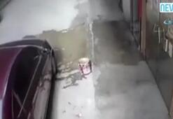 Bir anda kaymaya başlayan araç kadını ezdi