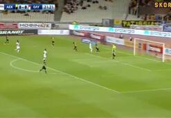 AEKlı Lazarostan muazzam frikik golü (AEK-Oylmpiakos maç özeti)