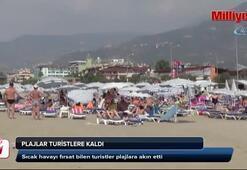 Yazlıkçılar ayrıldı... Plajlar turistlere kaldı