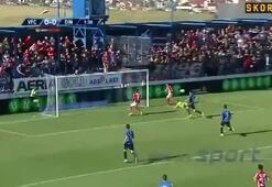 Costache hayatının golünü kaçırdı