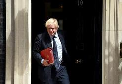 Boris Johnsondan Theresa Maye intihar bombacısı benzetmesi