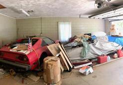 Babaannesinin garajından Lamborghini ve Ferrari çıktı