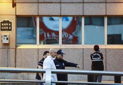 Son dakika... ABD Büyükelçiliğine saldıran iki kişi yakalandı