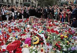 Barselonadaki terör saldırılarının kurbanları anıldı