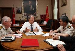 Son dakika... Milli Savunma Bakanı Hulusi Akar ABDli mevkidaşı ile görüştü