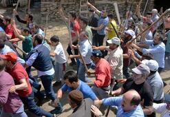 Yer: Erzurum Söylentiyi duyan sopalarla köy meydanında toplanıp...