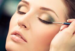 Make-up Artist Fezi Altun'dan hayatınızı değiştirecek makyaj tüyoları