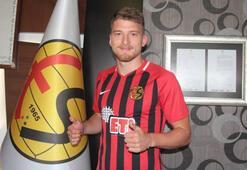 Semih Güler 3 yıl daha Eskişehirspor'da