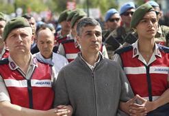 Son dakika Ankarada dev FETÖ operasyonu İçlerinde tuğgeneral, binbaşı...