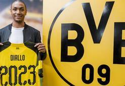 Fenerbahçeyi sevindiren imza Dortmund, Dialloyu transfer etti...