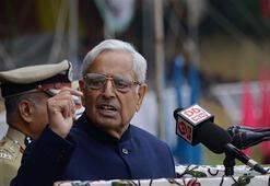 Hindistanda Cammu Keşmir Başbakanı istifa etti