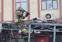 Gaziosmanpaşada halk otobüsü alev alev yandı