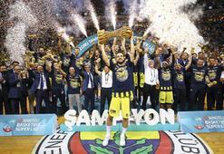 Fenerbahçe Doğuş üst üste üçüncü kez şampiyon