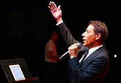 Mersinde Mustafa Yıldızdoğan konseri