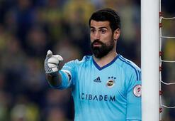 Fenerbahçe yönetimi kaleye sağlama alıyor
