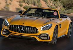 Mercedes-AMG serisine GT S Roadsterı ekledi