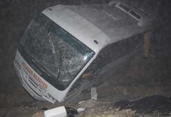 Melikgazi Belediyesporu taşıyan otobüs devrildi 15 yaralı