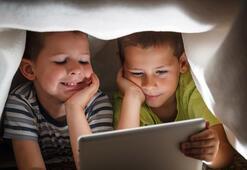 Çocuklara tablet verirken bir daha düşünün