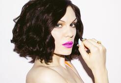 Jessie J sosyal medyayı o mesajla salladı