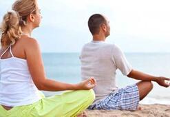 Kısırlık tedavisi gören çiftlere yoga önerisi