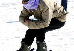 Şalvarlı poşulu kayak keyfi