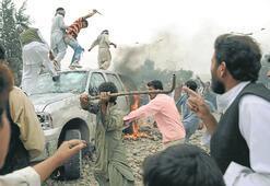 Trafik kazası Afganları ayaklandırdı