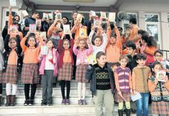 Büyükşehir, '100 Temel Eser'i 100 okula dağıttı