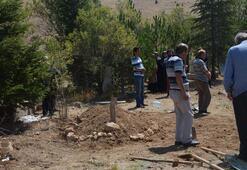 Eşinin memleketinde imamsız gömüldü