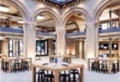 Dünyanın En Büyük Apple Store'u Dubai'de Açıldı
