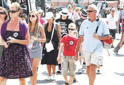 İzmir'e, sekiz ayda 800 bin turist geldi