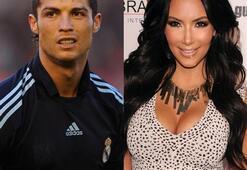 Ronaldo - Kardashian aşkı belgelendi