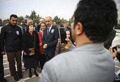 Bugün Bülent Ecevitin ölüm yıl dönümü