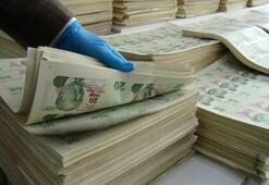 Ümraniyede kalpazan matbaasına baskın 7 milyon lira sahte para ele geçirildi