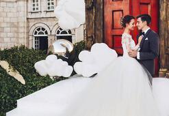 #FollowMe çifti evlendi ve sonunda yüzlerini gösterdiler