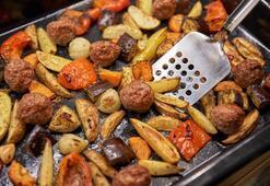 Fırında köfteli patlıcan kebabı tarifi