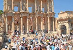 Efes, UNESCO listesi için gün sayıyor