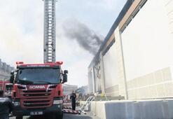 Trafoda patlama sonrası yangın