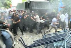 Doğu Türkistanlılar da Türk polisinden payını aldı
