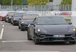 Porschenin elektrikli otomobili ilk kez canlı olarak yolda görüntülendi