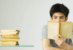 Üniversite öğrencileri kitap okuyarak yarışacak