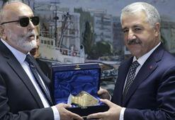Bakan Arslan Atinada duyurdu Feribot yasağı kalktı…