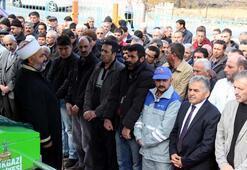Babası tarafından öldürülen çocuğun cenazesinde imamdan cemaate nasihat