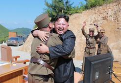 Son dakika... Kuzey Koreden ABDye hediye paketi Psikopat Kim çocuklar gibi şen...