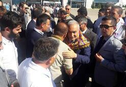 Bakan Fakıbaba, memleketinde zılgıt ve meşalelerle karşılandı